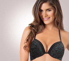 Lace bras in black and red fot the holidays