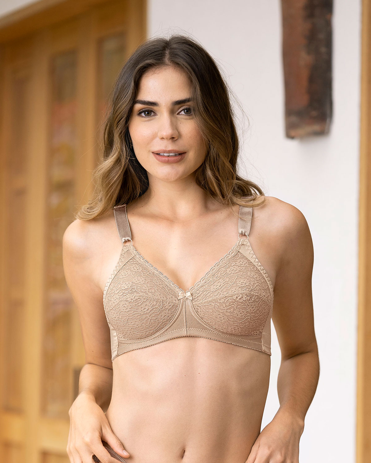extra coverage support bra--MainImage