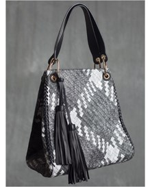 woven handbag-700- Black-MainImage